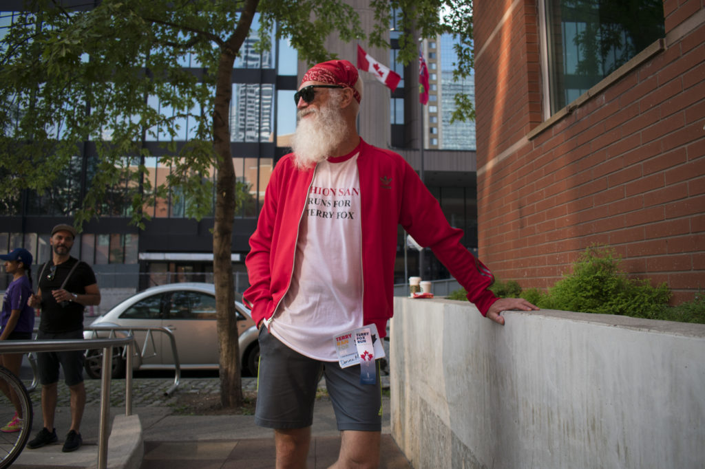"TORONTO, ON; 09/17/17 – Posing before his first Terry Fox run, Paul Mason, known as ""Fashion Santa"", remembers late mother, Donna Mason. According to his Terry Fox Foundation fundraising page, Mason collected more than $650 in sponsorships."